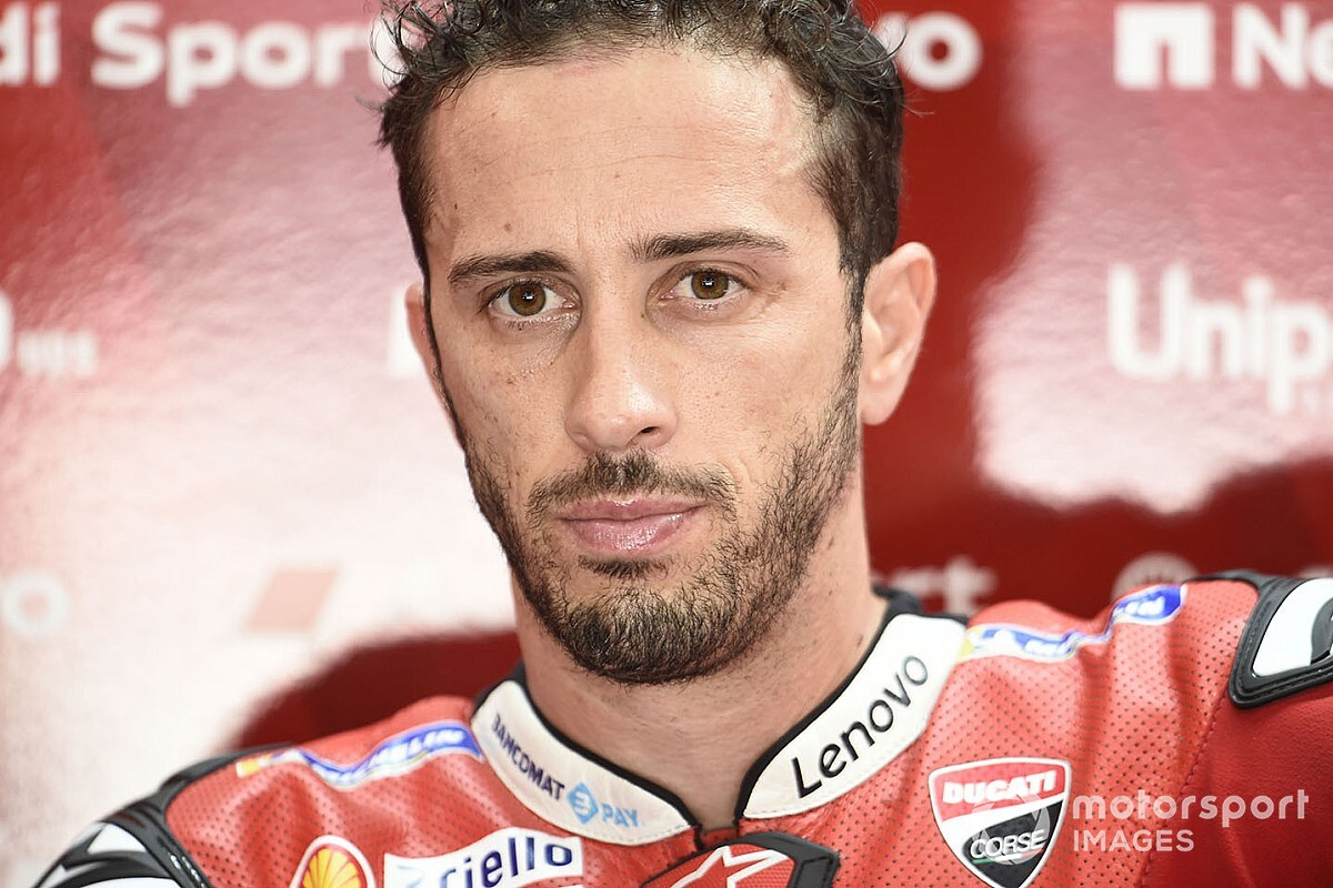 Dovizioso suffers broken collarbone in motocross crash