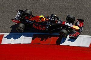 FIA усложнила прохождение 8-го поворота в Остине