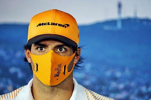 """Sainz : """"Bien trop tôt"""" pour regretter l'accord avec Ferrari"""