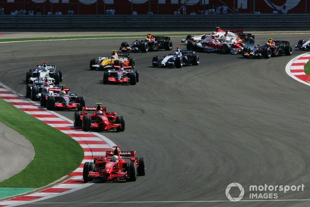 """Les pilotes F1 s'attendent à un virage 8 """"facile"""" en Turquie"""