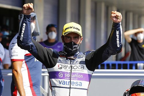 Jerez Moto3: Arenas wins thriller, McPhee crashes out