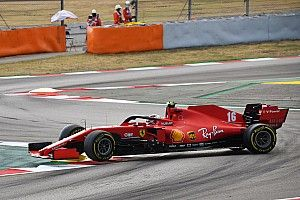 Leclerc jechał bez pasów