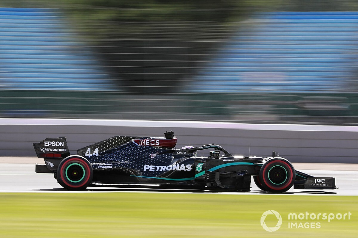 "Hamilton says he was ""struggling"" before grabbing pole"