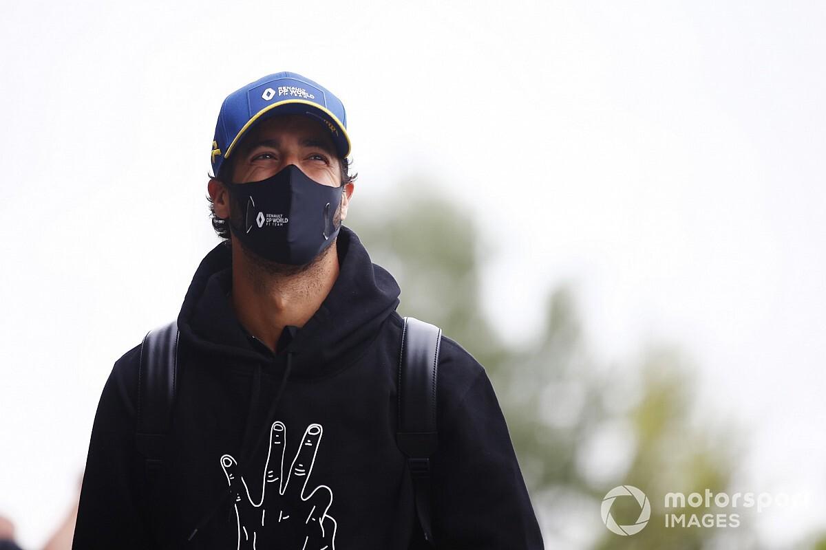 Ricciardo: A Mercedes lehetne a legönteltebb a rajtrácson, mégsem azok