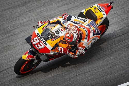 Temporal atrasa quali e Márquez é pole do GP da Malásia