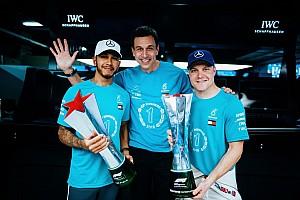 Látványos képgaléria a Mercedes hatalmas ünnepléséről: sorozatban az 5. bajnoki címük
