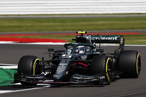 Vettel Kurang Puas Raih P10 di Kualifikasi GP Inggris