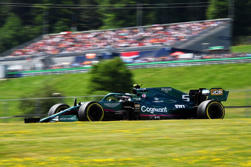 فيتيل يتلقّى عقوبة التراجع على شبكة انطلاق سباق النمسا