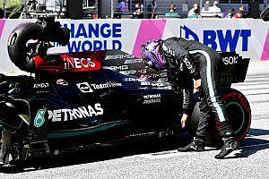 Hamilton desmiente a Mercedes: sabía que habría más evoluciones