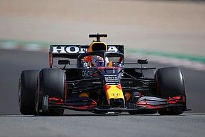Verstappen klasse apart tijdens enige vrijdagtraining op Silverstone