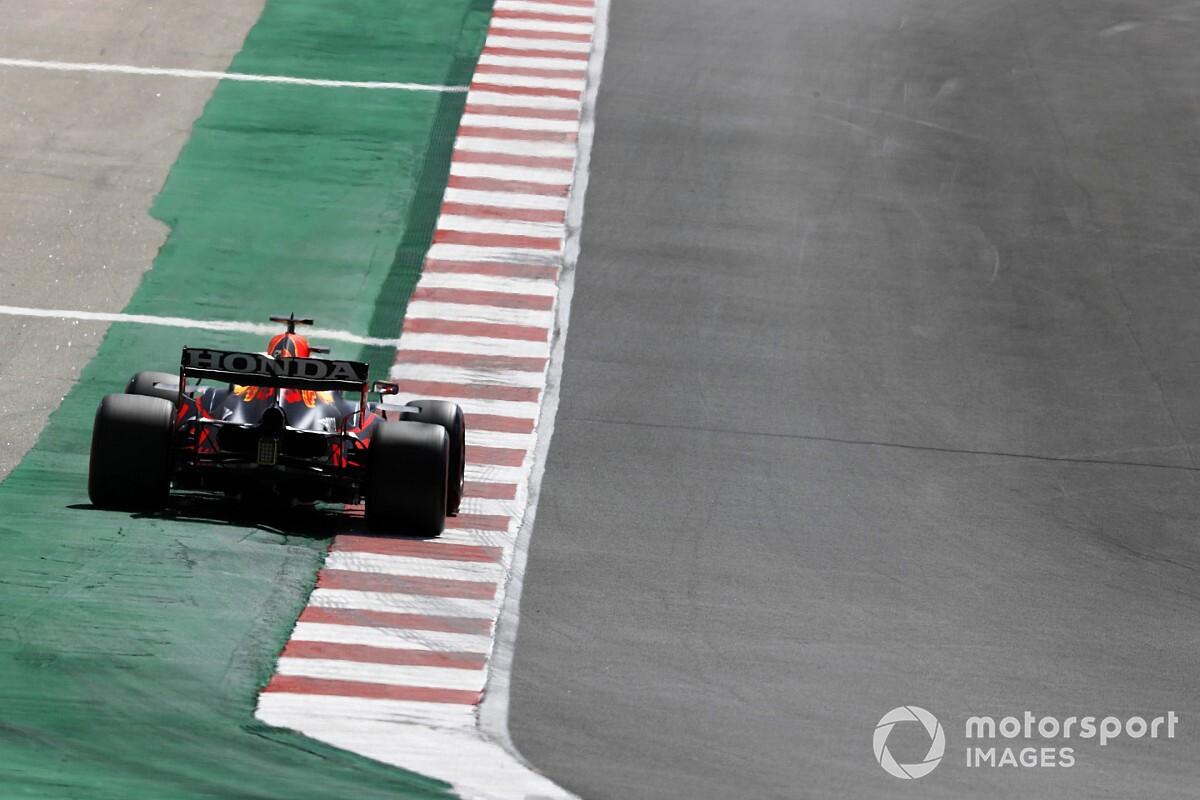 """Odd"" track limits error costs Verstappen Portugal F1 fastest lap point"