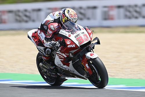 Spanish MotoGP: Nakagami tops FP3 as Marc Marquez crashes