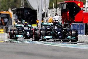 A Mercedes lágyakon rajtol, nem akartak hátrányba kerülni
