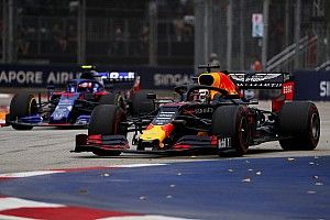 Singapore GP: Verstappen tops FP1 as Bottas crashes