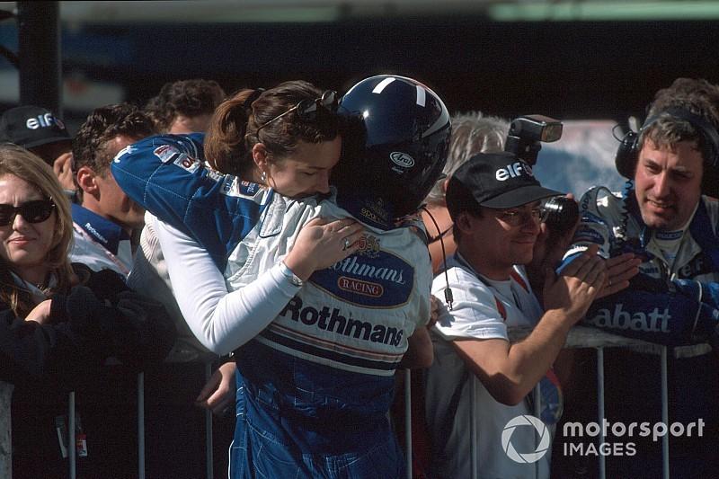 Ma 59 éves Damon Hill, 1996 Forma-1 bajnoka és Schumacher régi nagy riválisa