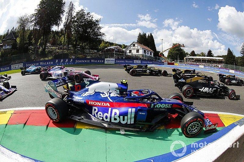 """How F1's calendar push risks """"disposable"""" races"""