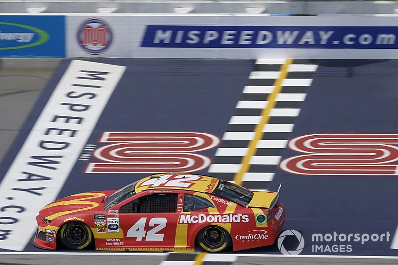 Michigan top-five fuels Kyle Larson's surge towards playoffs