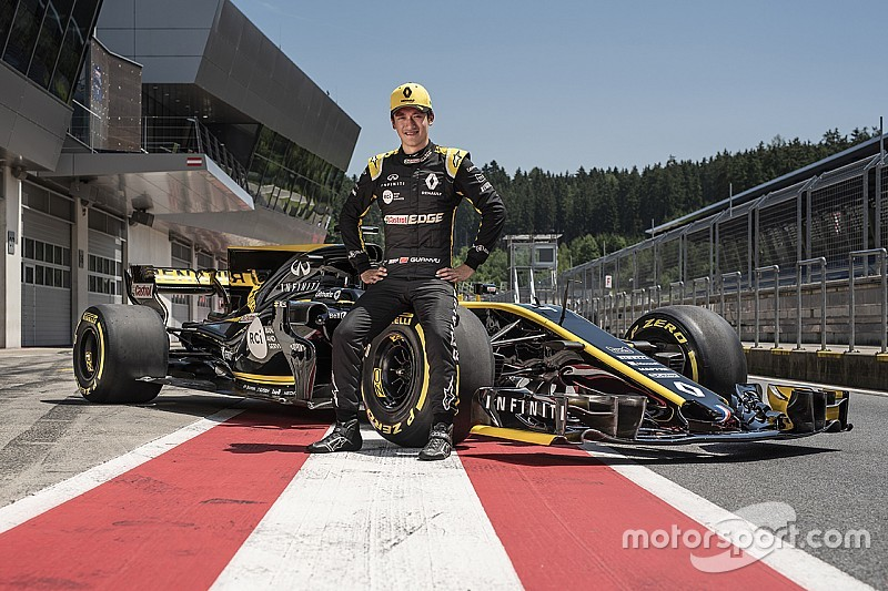 Renault junior Zhou gets first runs in 2017 F1 car