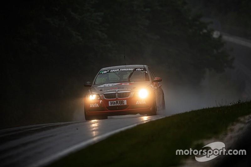 VLN 6: Kaya galibiyet, Aşarı beşincilik ile Nürburgring'den döndü