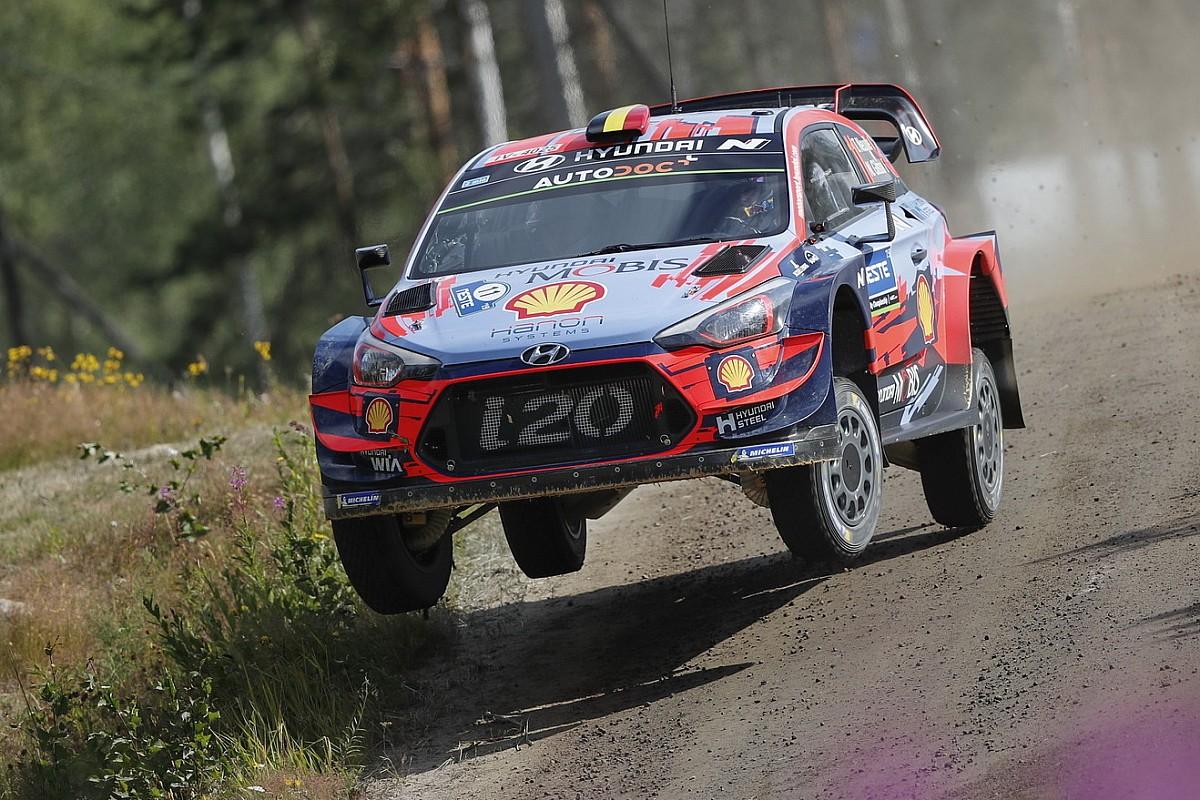 Невилль разложил машину на тестах в Финляндии