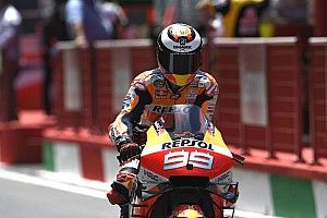 Vite fatigué au guidon de sa Honda, Lorenzo survit un peu