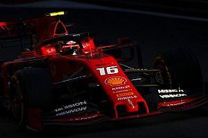 Leclerc manda en un 1-2 de Ferrari en la práctica dos de Bakú