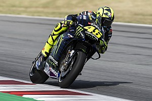 """Rossi: """"Lorenzo passa por um mal momento na Honda"""""""