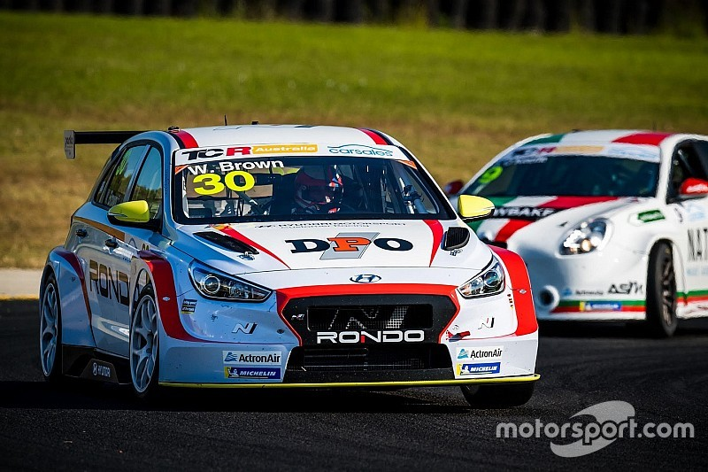 Sydney TCR: Brown doubles up in Race 3