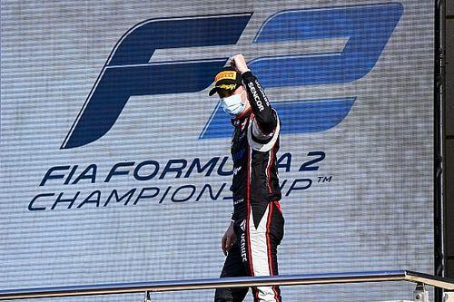 """Az F2 hetedik helyezettje is """"bejelentkezett"""" Hamilton pótlására"""