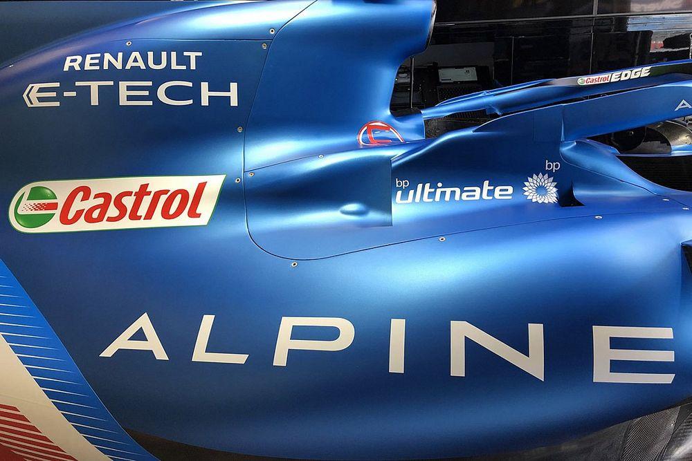 Renault va avancer des évolutions 2023 à cause du gel moteur