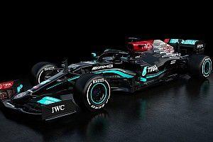 Mercedes toont W12: Dit is de nieuwe F1-auto van Hamilton en Bottas