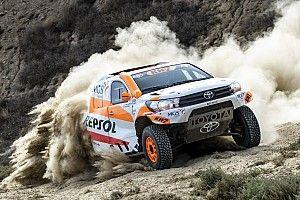 Vídeo: una tarde de copilotaje con Isidre Esteve y su Toyota Hilux