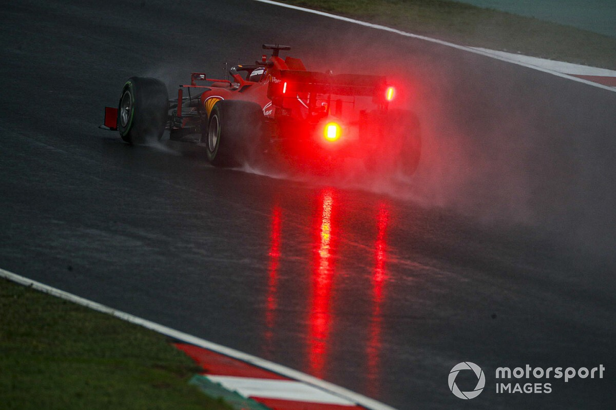 Ferrari: la SF1000 a Istanbul naufraga con le full wet