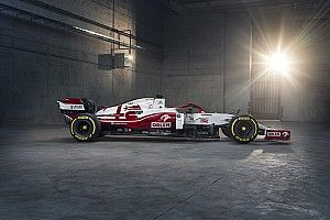 F1 2021: Alfa Romeo revela su coche C41, con colores invertidos