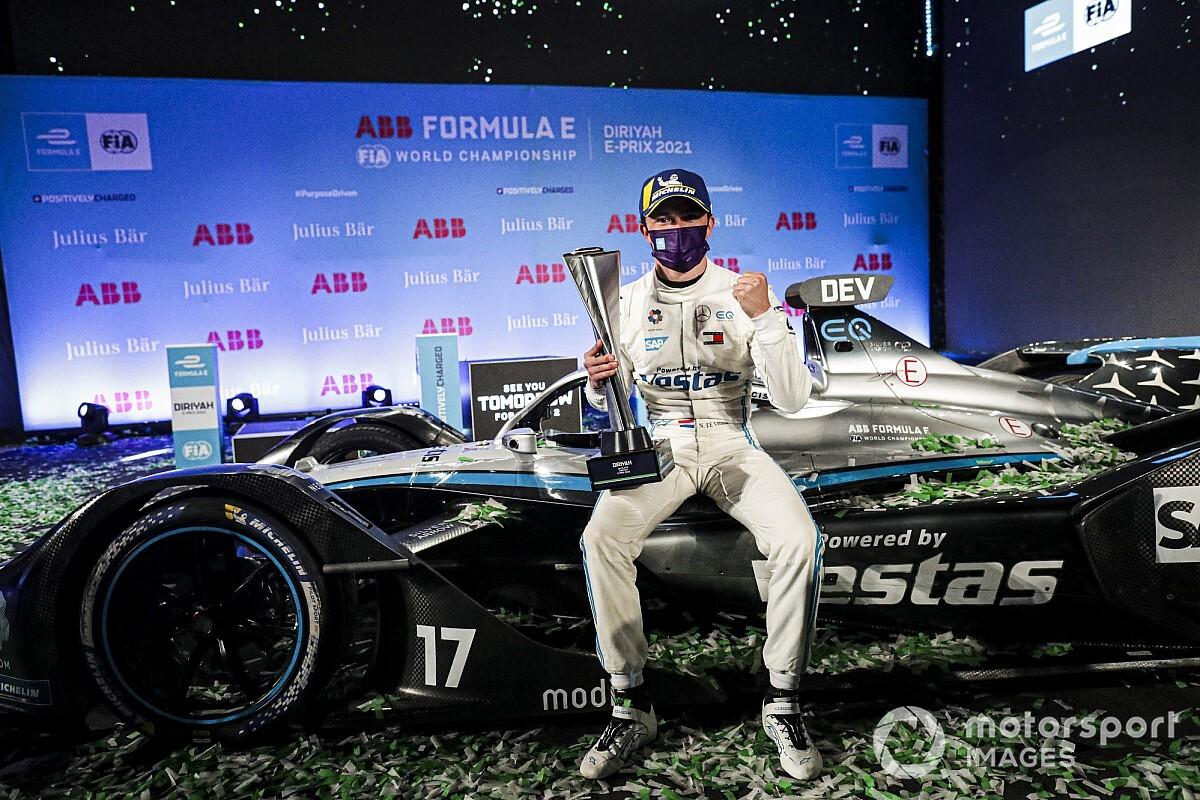 Mercedes nomme Nyck de Vries pilote de réserve - Motorsport.com France