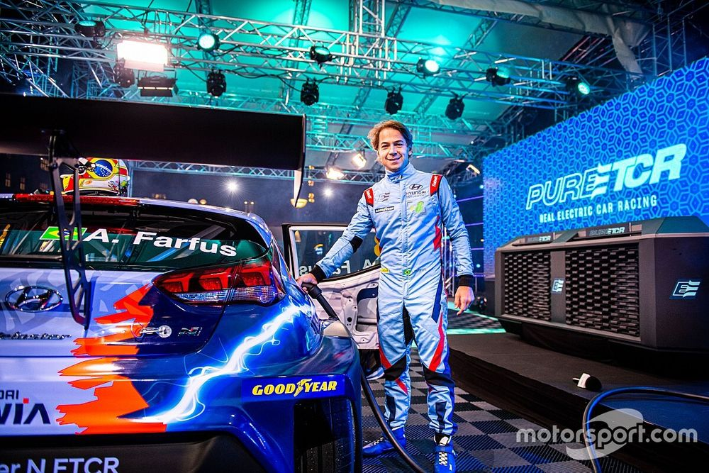 Az Eurosport Magyarországon is közvetíti majd a PURE ETCR versenyeit