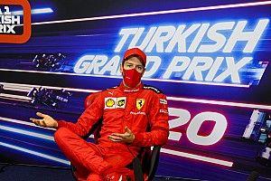 Vettel: Többször kéne otthon hagynunk Binottót!