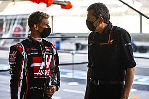 Steiner Izinkan Schumacher Buat Kesalahan