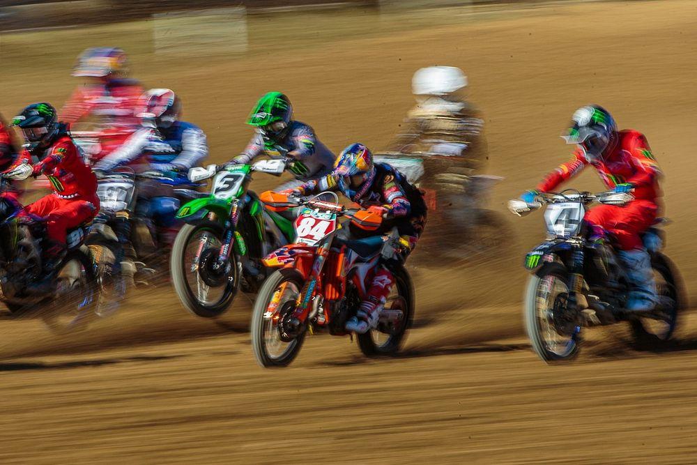 Preview WK motorcross: Onze vragen voor de MXGP-start