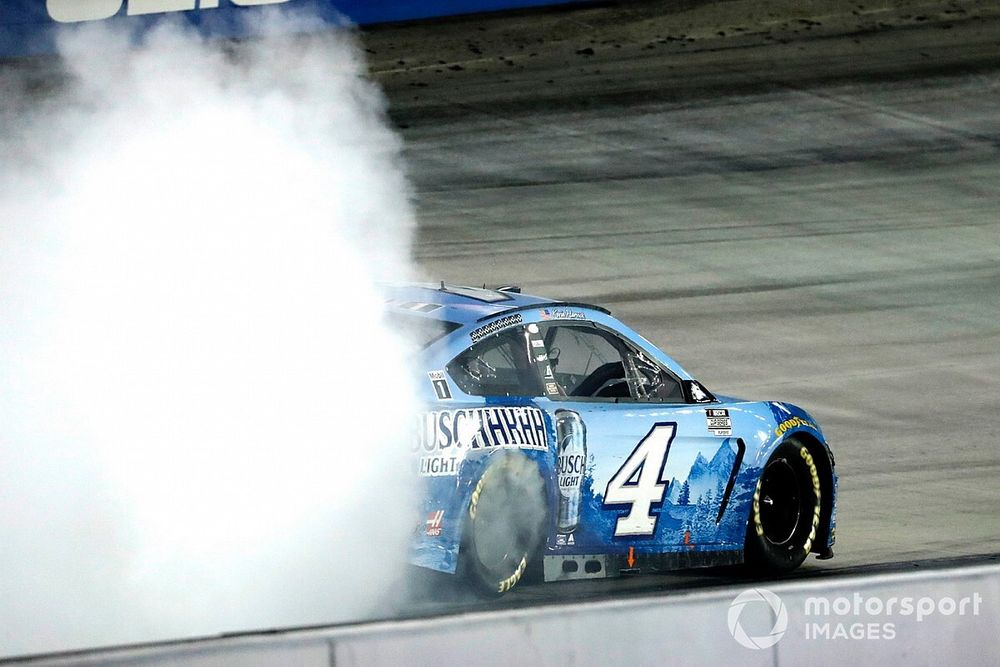 Kevin Harvick named NMPA Driver of the Year for the fourth time