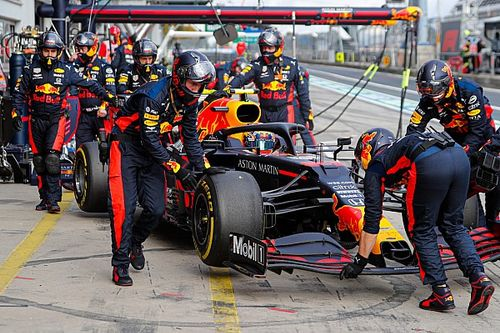 Red Bull explique l'abandon d'Albon au Nürburgring