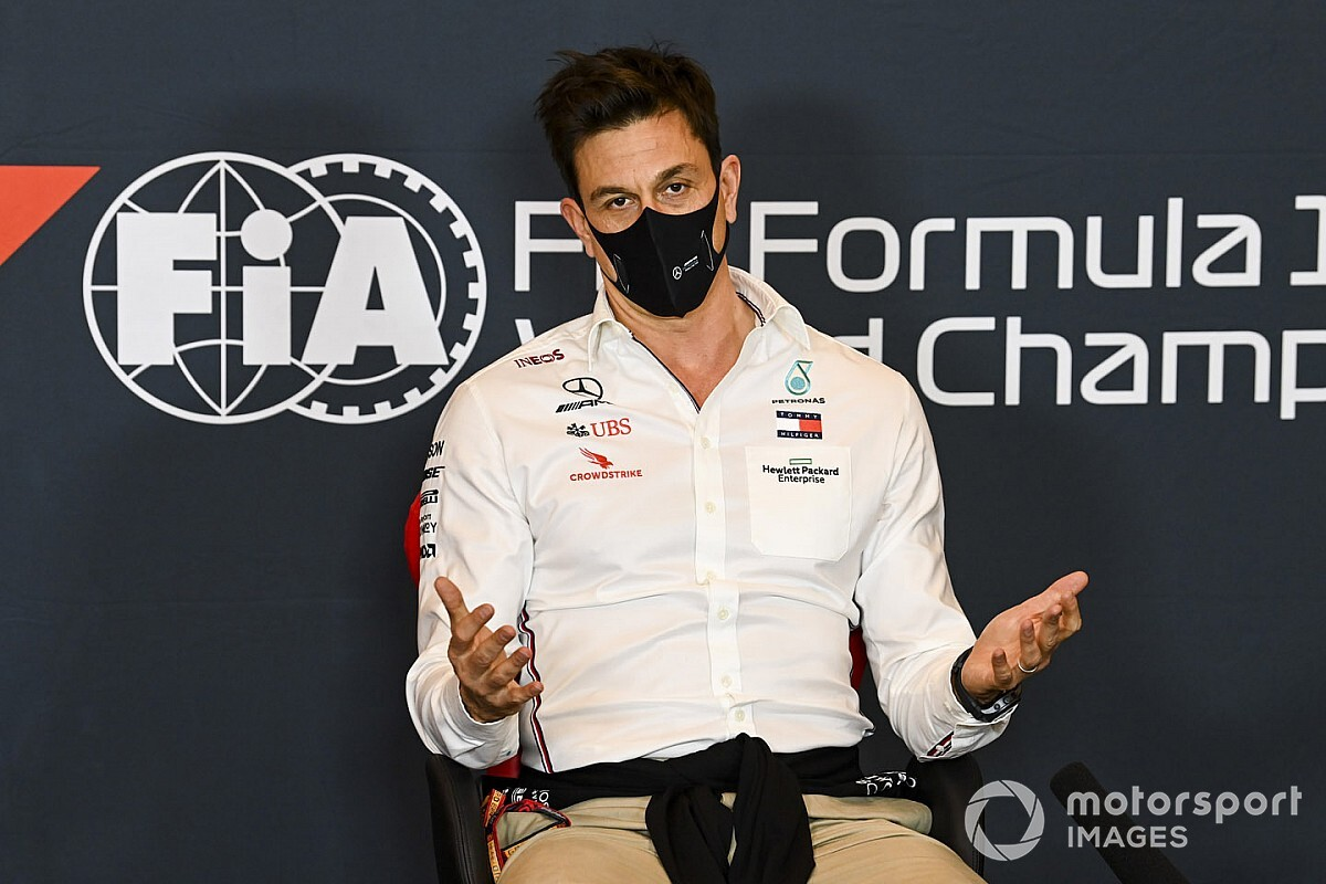 Wolff busca sucesor en Mercedes F1