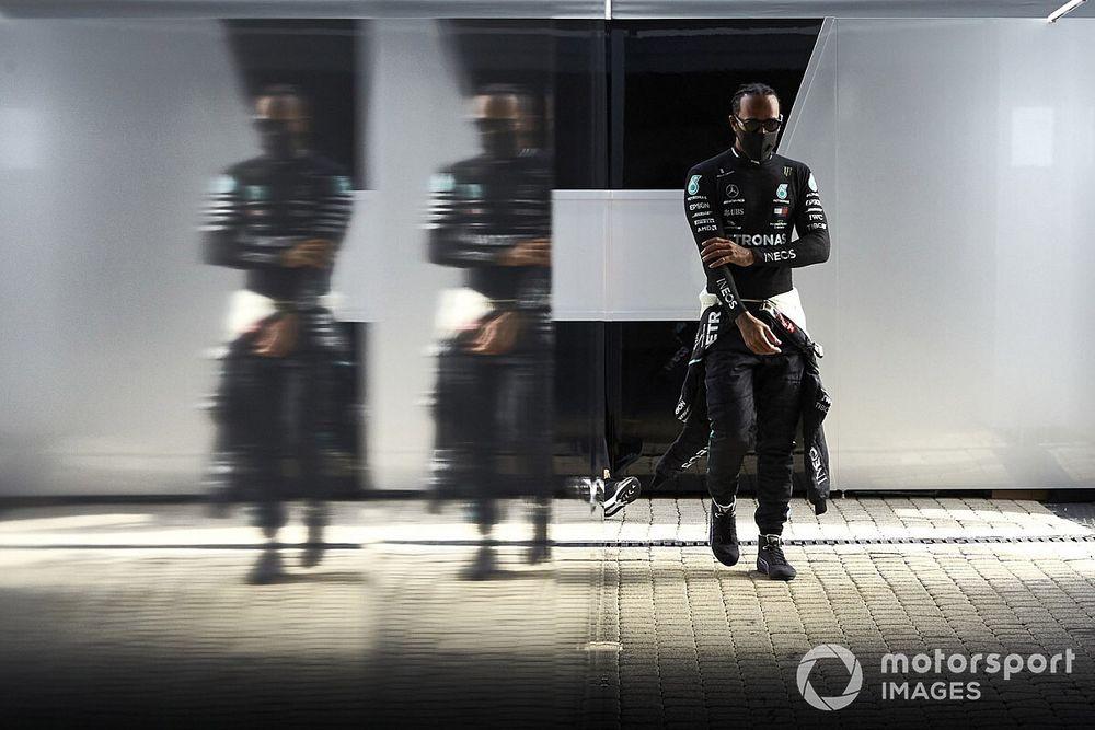 """Hamilton: """"¿El récord? están pasando cosas más importantes en el mundo"""""""