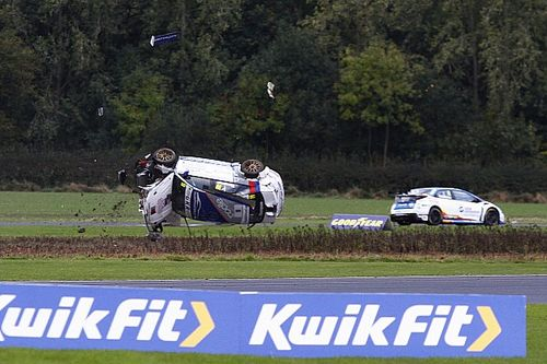 Concussion rules out Thompson from Snetterton BTCC round