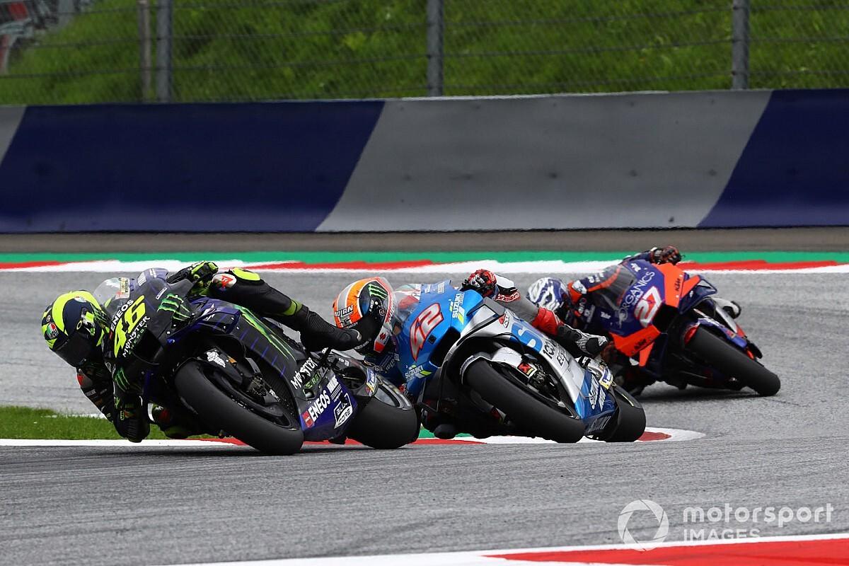 MotoGP: Rossi volta a lamentar déficit de velocidade da Yamaha