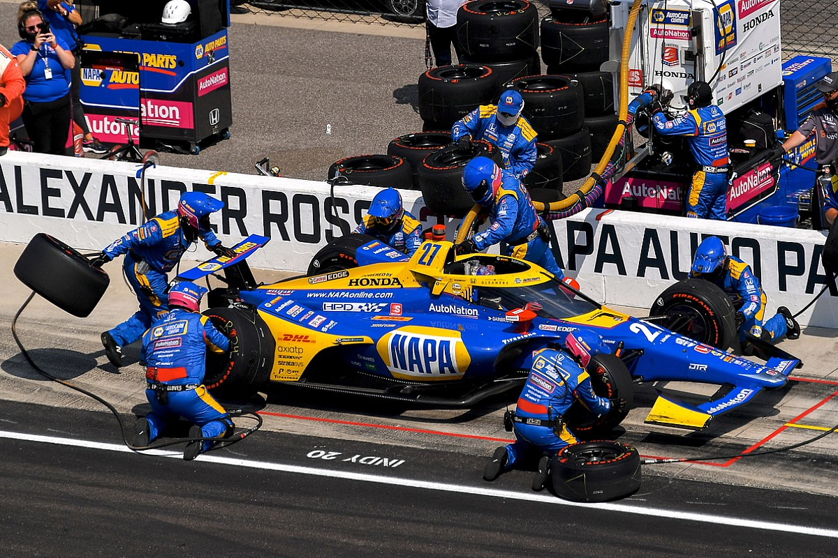 """Edwards """"respectfully disagrees"""" with Rossi's Indy 500 penalty"""