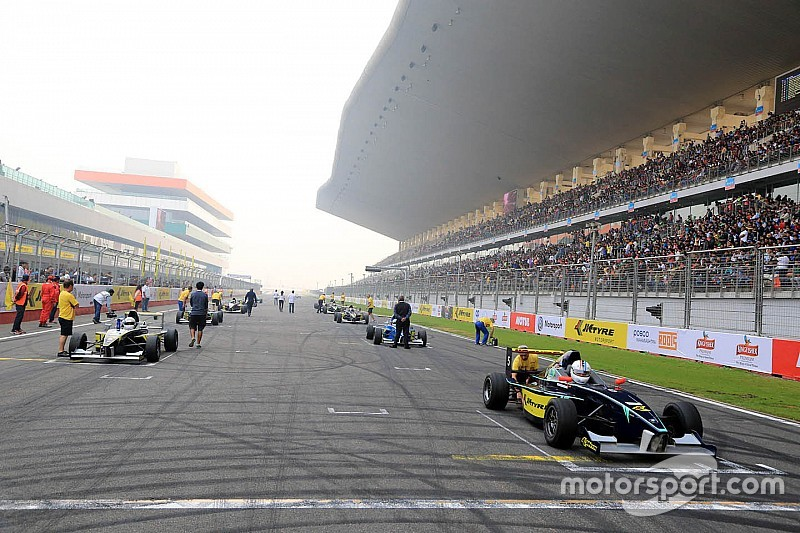 Jaypee asked to pay 100 crore to retain Buddh Circuit