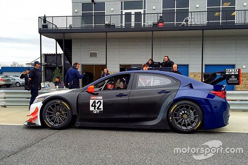 """Acura """"ready to attack"""" after rear-wheel drive switch"""