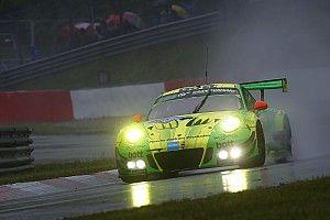 Nürburgring 24: Yakın geçen yarışta Porsche galibiyeti kazandı