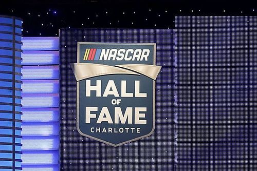 "Emotionen in Charlotte: Jeff Gordon & Co. in der ""Hall of Fame"" der NASCAR"